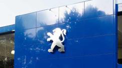 Peugeot pozostanie francuski